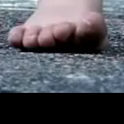 nohynaboso_detska noha pri behu