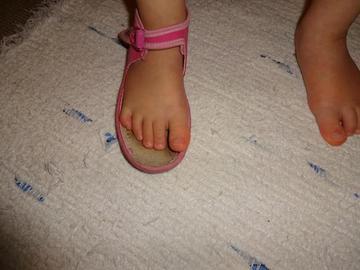 Vboceny palec v bote02